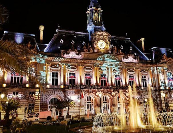 Ville de Tours illuminée
