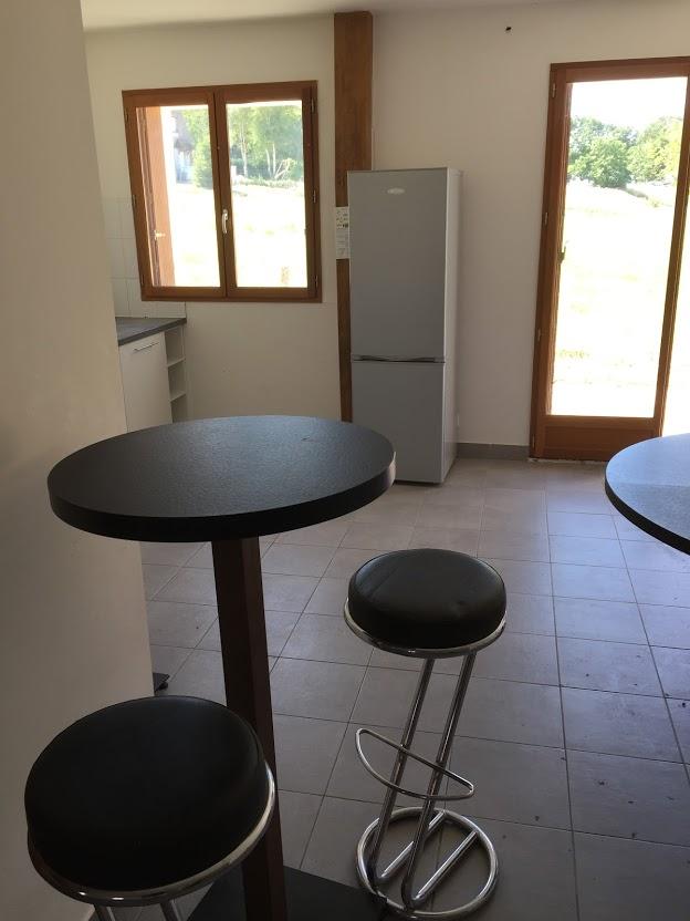 Salon Mange debout pour prendre un petit café