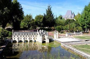 Les mini Château à Amboise, celui de Chenonceau.